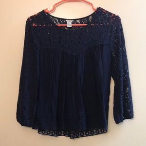 FOREVER 21 embroidered long sleeve Blouse